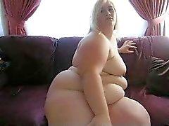 BBW blonde op cam