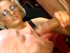 Naughty bisexual boss oral sex