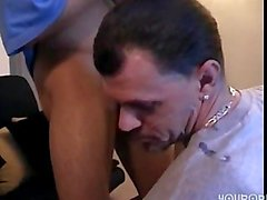 Horny straight guy gets sucked