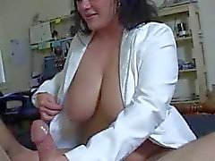 handjobs l'infirmière