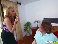 StepMom Julia Ann 3some mit Zofe Abby Lee Brasilien