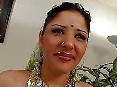 Zeer mooie Indische prinses op sex casting