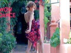 Exotischen Babysitterin Abisolieren und Tanz