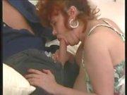 Kätzchen Natividad bekommt anal