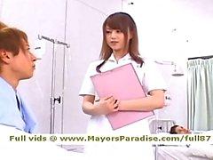 Idol69 yaramaz asyalı hemşire Akiho Yoshizawa oral seks yapmak için seviyor