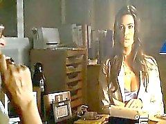 Manuela Аркури в бикини красуется потрясающий расщепления и