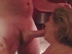 Olgun Büyük Göğüsler Kraliçe Marti Sucking Cock Loves