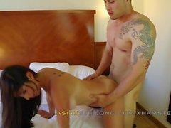 Asian guy Jeremy Long baise latine Sofia Rivera AMLF AMXF