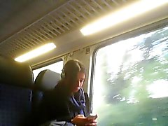 offentlig onani i tåg , buss