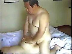 Japanska äldre Man Fucks sin sekreterare