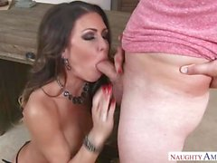 Mature MILF Jessica Jaymes Beautiful Step Mom loves hardcore sex with step