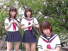 Zierlich Japanische Schul gerne total Dreifach