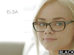 A oscuras de Elsa Jean da sus primeros de BBC
