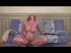 Preggieslvr2 010 - Pregnant MILF masturbating