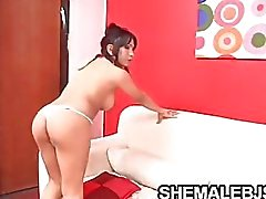 Vanesa Busty Brunette Shemale Sucking A Fat Cock