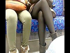 Seksi parlak siyah pantyhose amatör bir
