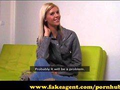 FakeAgent Super laiha malli menee kokonaan sisään Casting