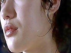 D'olga Olga Kurylenko - LAnnulaire