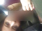 Salope arabe suçant une grosse bite
