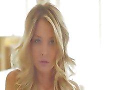 Blondie enkeli vaaleanpunainen kynnet