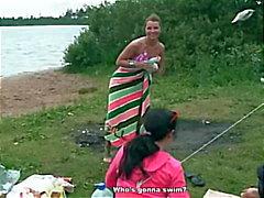 Sexy , dronken en warm weekend op de rivier de kust