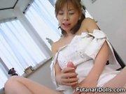Kinky Futanari Cums Teen na menina!
