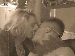 Reality TV Show Lengua que besa y que chupa lesbiana del dedo del pie