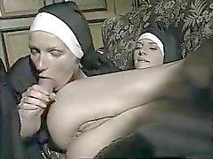 Fiesen Priester schlägt wieder