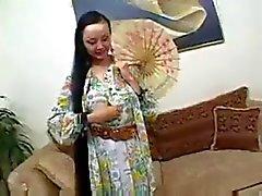 Asiatische Schlampe Ange Venus wird gefickt