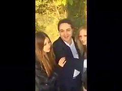 üzerine Giovani ragazze pompino İtalyanca al parco