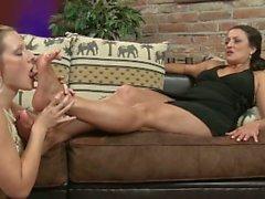 seksi olgun ayaklar sasha emme