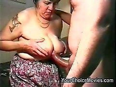 Vanha pariskunnat kinky kotitekoiset pornoa kalvot