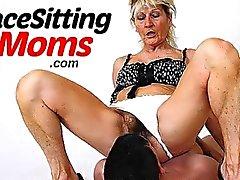 Amateur mère Mme Beate porte des bas en résille cours de facesitting