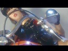 Lusty busty Bambole 06 - Scena 4