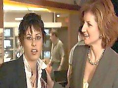 De sarah Shahi lesbiana besar apasionada Catherine Moennig