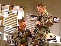 Baïse entre militaires