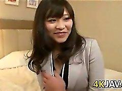 Japansk tjej som med en håriga fitta