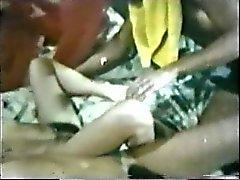 Peepshow 79. 1970s Döngüleri'nden - Scene 1'e