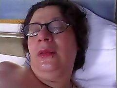 MAMAN de CHAUDS N154 direction femme brune bbw velue du MILF mûr et un jeune homme
