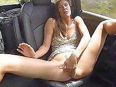 Avia Medelålders bilens fingrar djupt toy hårt slidan