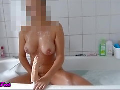 Amateur SandraFeet masturbates with dildo in the bathtub