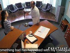 Taklit doktor resepsiyon hastada sikikleri