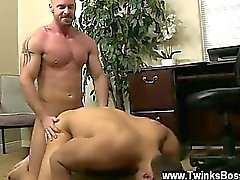 Hot gay scene After face fuckin' and slurping his ass, Mitch