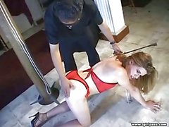 Travesti Slave cezalandırdı izle