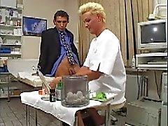 Tyska Milf Doctor