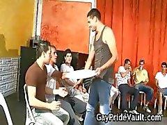 Partouze gay d'intérieur Fuck Fest