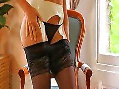 Musta alusvaatteet ja super sileää