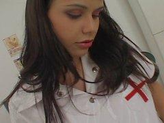 Mean Brezilyalı Nurse
