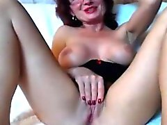 Caliente madura anal caliente haciendo por primera vez