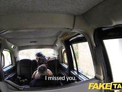 Fake Taksi valtava creampie seksikäs laiha nuori gootti tyttö